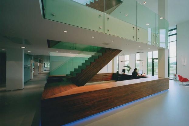 Charcoal projecten - Eigentijds trap beton ...